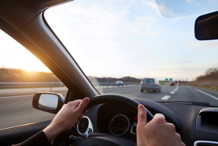 Quienes se saltan las normas de tráfico también se saltan las sanitarias