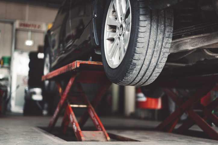 Trucos para ahorrar en averías de coches | ViveMásVidas