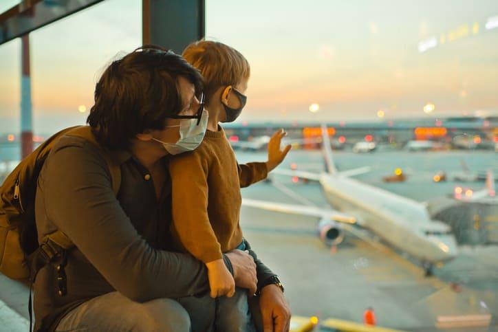 Viajar en avión durante el Covid | ViveMásVidas